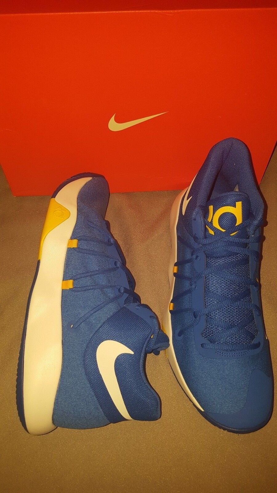 NIKE KD TREY 5 V Homme Chaussures ROYAL Bleu Blanc 897638 2018 US 10 NEW IN BOX