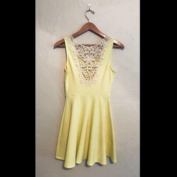 Gianni Bini Bright Yellow Aline Dress. Size Small - image 3