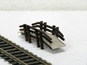 JORDAN-22-scenery-WALK-BRIDGE-FOR-PARK-6cm-long-HO-scale-new-in-pack