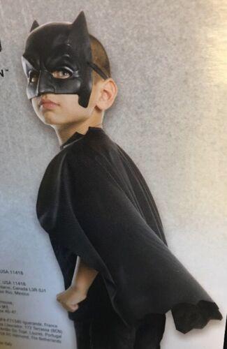 NWT Halloween Batman vs Superman 1//2 Mask /& Cape Kid Size 6 Plus OSFM