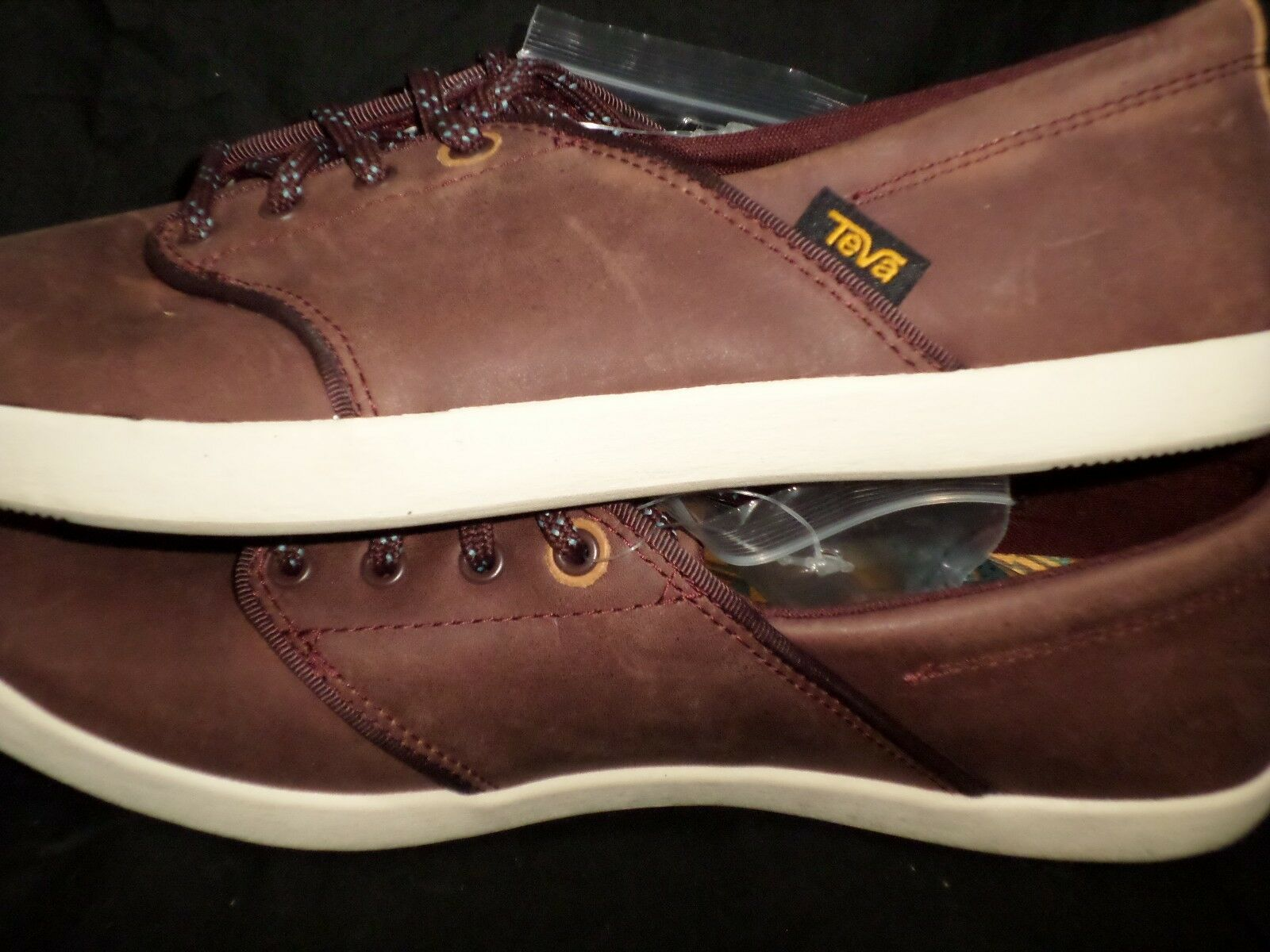 60% OFF  NEW WOMEN'S WILLOW LACE LEATHER , SIZE 7, MAHOGANY.