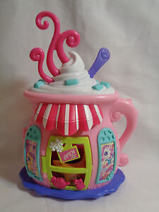 2007 Hasbro My Little Pony Ponyville Hot Chocolate Cafe House Playset - Rare