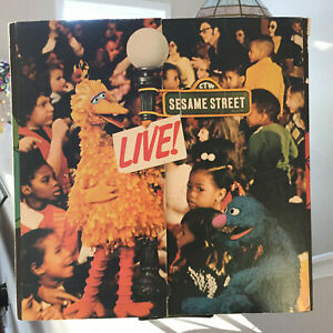 Details About Sesame Street Live Lp Columbia Kc32343 Big Bird Quad Fold With Giant Poster Vg