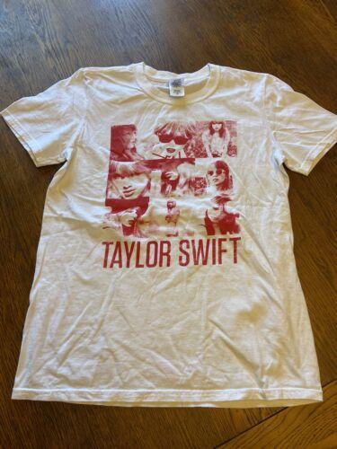 Taylor Swift Graphic Shirt Sz S