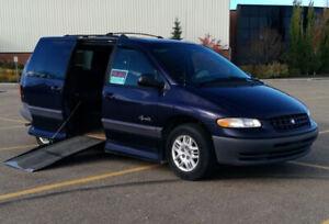 1999 Plymouth Grand Voyager SE Wheelchair Van