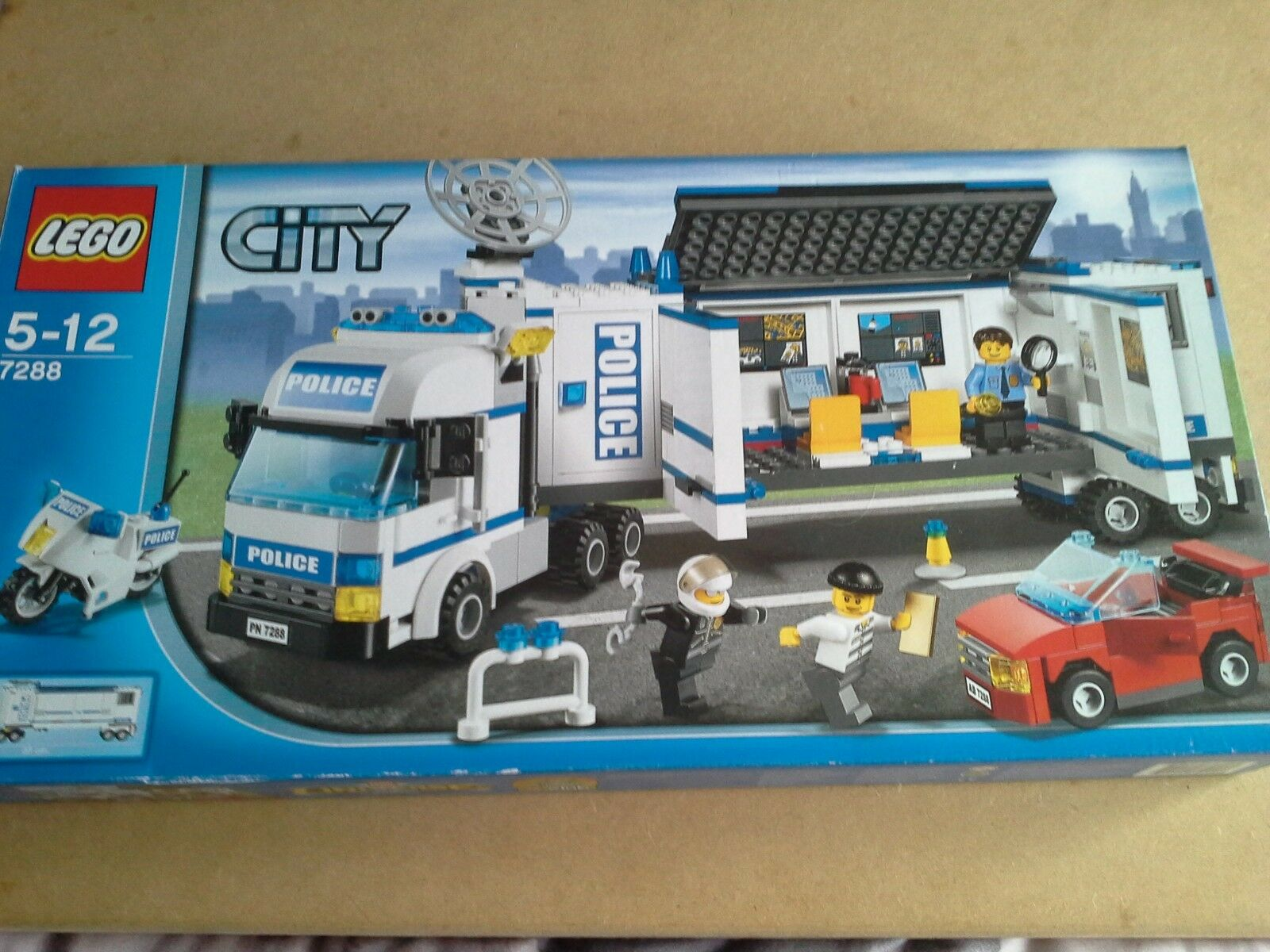 Lego City Mobile Police Unit No 7288 100% Complete