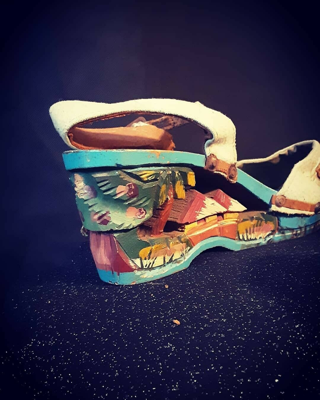 1940's Carved Wood Wedge Sandals from the Philipp… - image 5