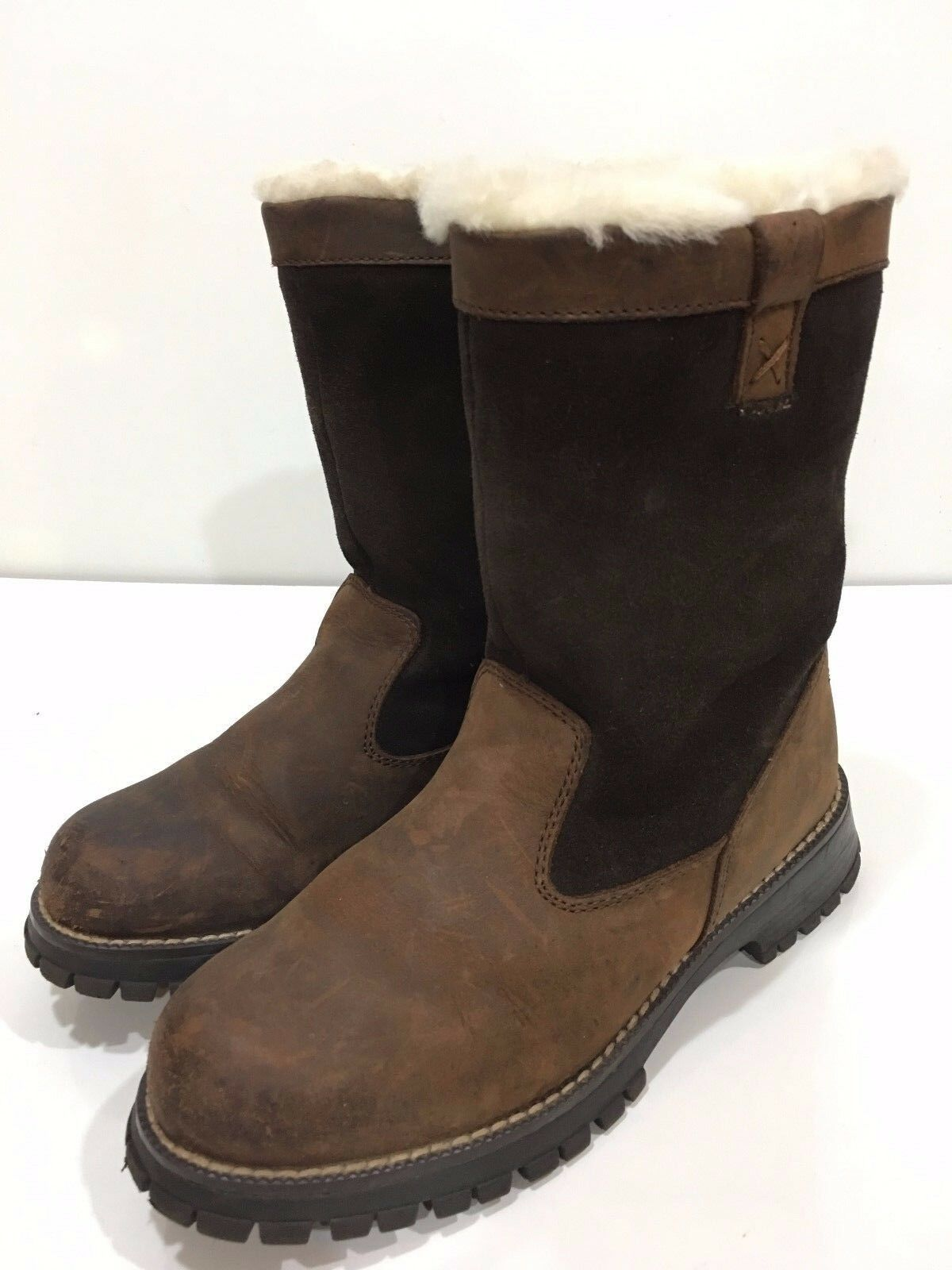 Bass Arctic Women's Distressed Leather Fur Lined Pull-on Boots Size 5 M