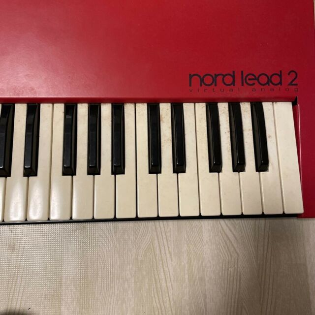 Clavia NORD LEAD 2 Virtual Analogue Synthesiser