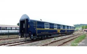 Jouef-HJ4130-HO-Gauge-SNCF-T2-TEN-80yrs-of-SNCF-Coach-IV
