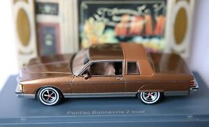 PONTIAC-BONNEVILLE-BROUGAM-2-DOORS-COUPE-BROWN-METAL-NEO-44800-1-43-BRAUN