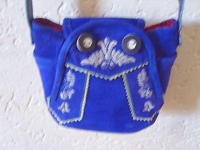 Handtasche Form einer Lederhose blau ,Hingucker für Münchner Feste Bierzelt