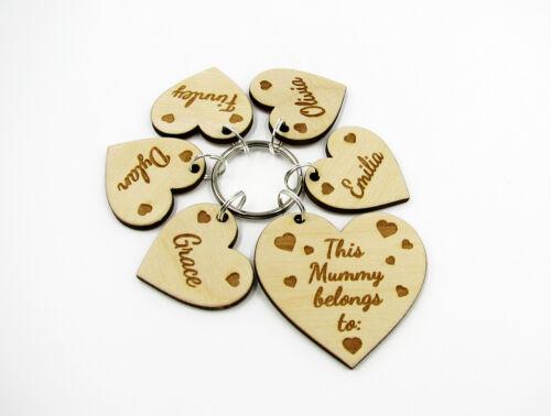Personalised Keyring Mummy Auntie Daddy Grandad Grandma Gift Wooden Engraved