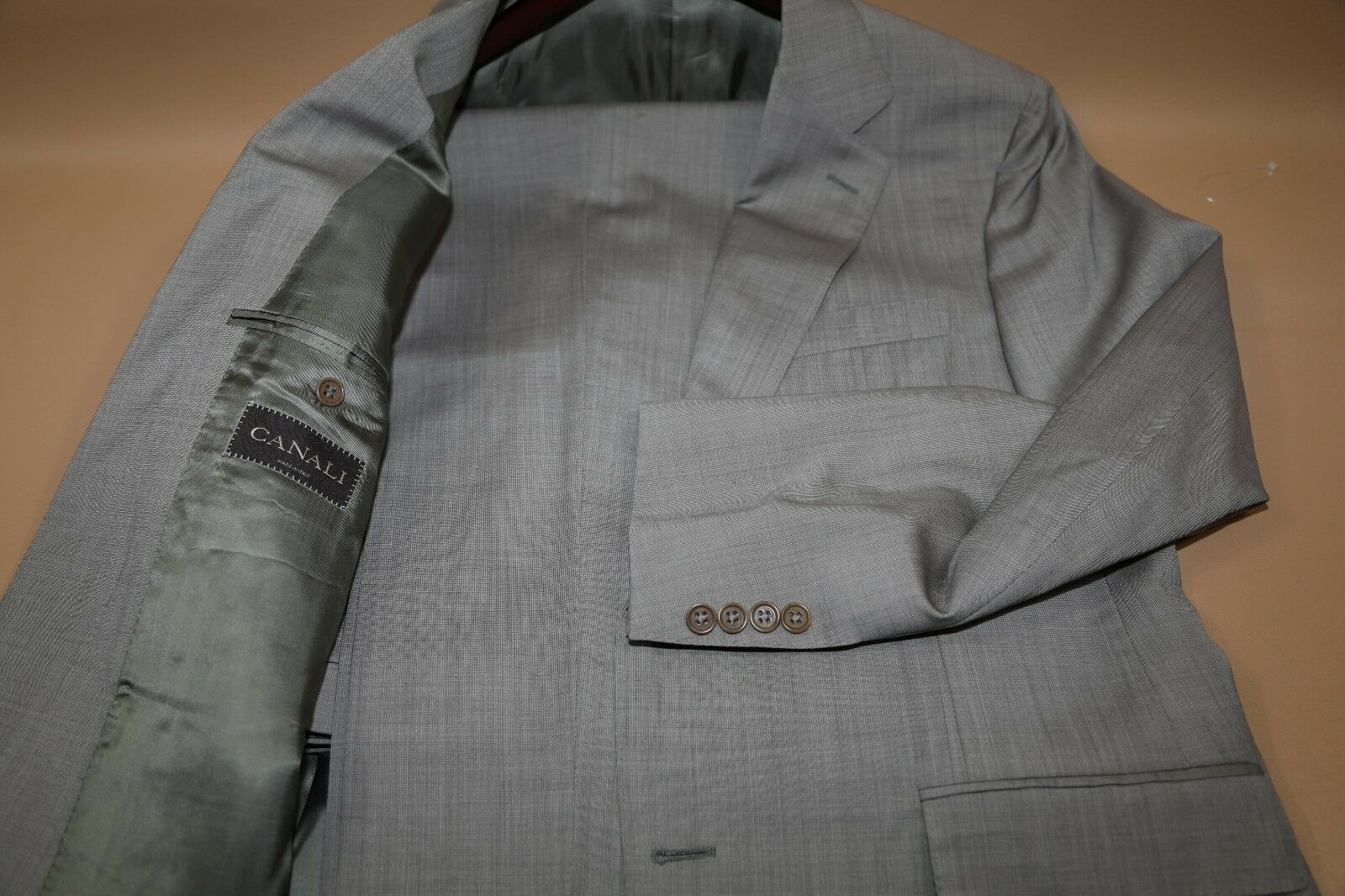 134 CANALI Classic Fit  Two Button Suit Größe 40 R