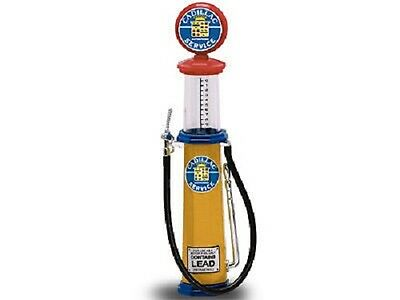 New In Box ! Road Signature 1/18  Diecast  Cadillac  Cylinder Gas Pump