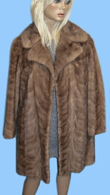 Size 6 or Small GENUINE PASTEL MINK PAW FUR COAT - Gorgeous