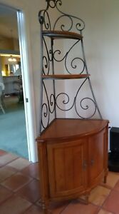 Ethan Allen Corner Cabinet French Country Wrought Iron Hutch Display 13-9521