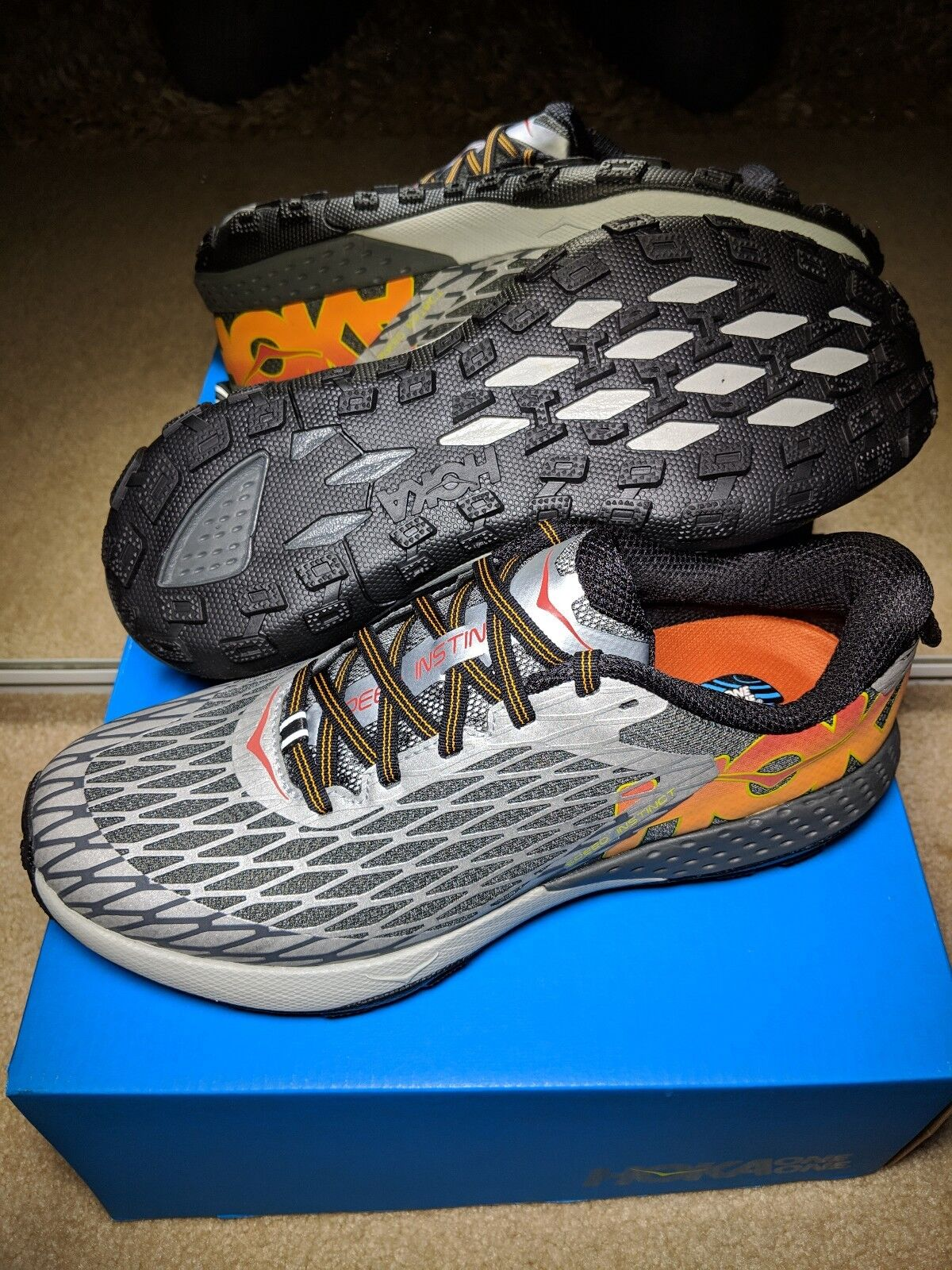 NEW IN BOX HOKA ONE ONE MEN'S 8 SPEED INSTINCT SILVER   CAYANNE FREE SHIPPING