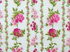 Rosenstoffe Stoff Pink Rosa Rosen auf Creme Blumen Blätter Blüten Ranken Bordüre