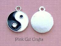 5 x YIN YANG Enamel & Tibetan Silver Charms Pendants Beads
