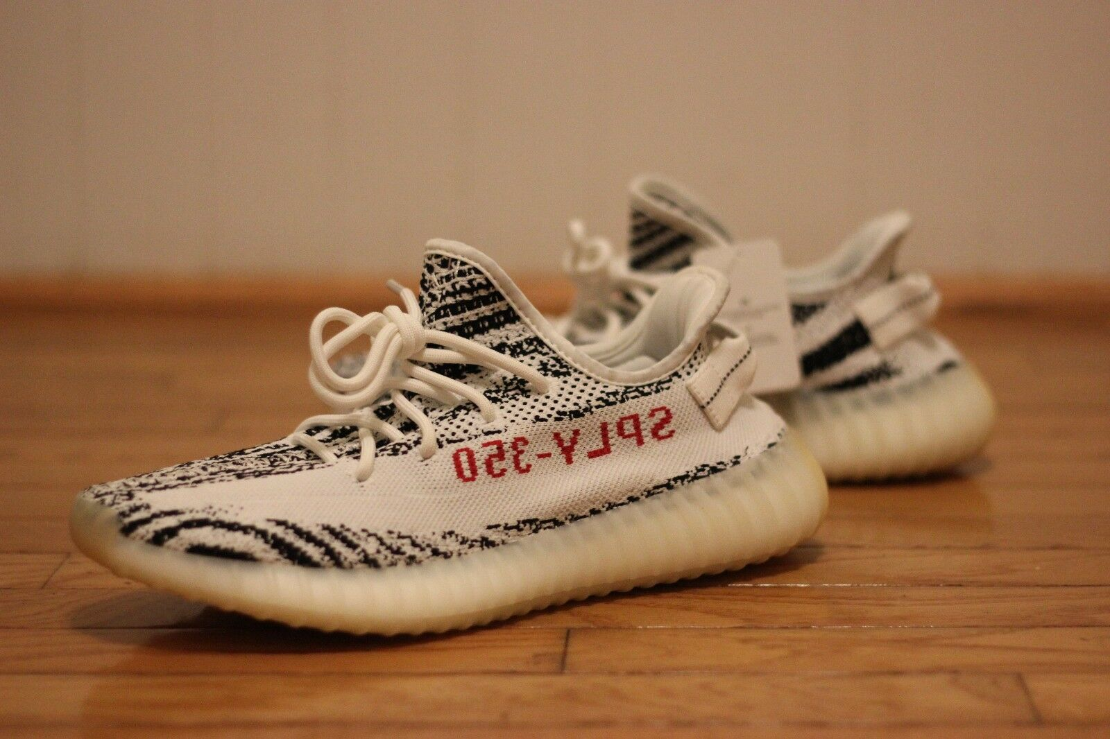 Adidas Yeezy Boost 350 V2 Zebra shoes CP9654 Size 10