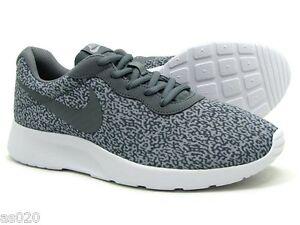 nike tanjun wolf grey on feet nz