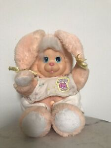 Vintage-Mattel-1990-Magic-Nursery-Pet-Peach-Bunny-Rabbit-Outfit-Rubber-Face-Pluh
