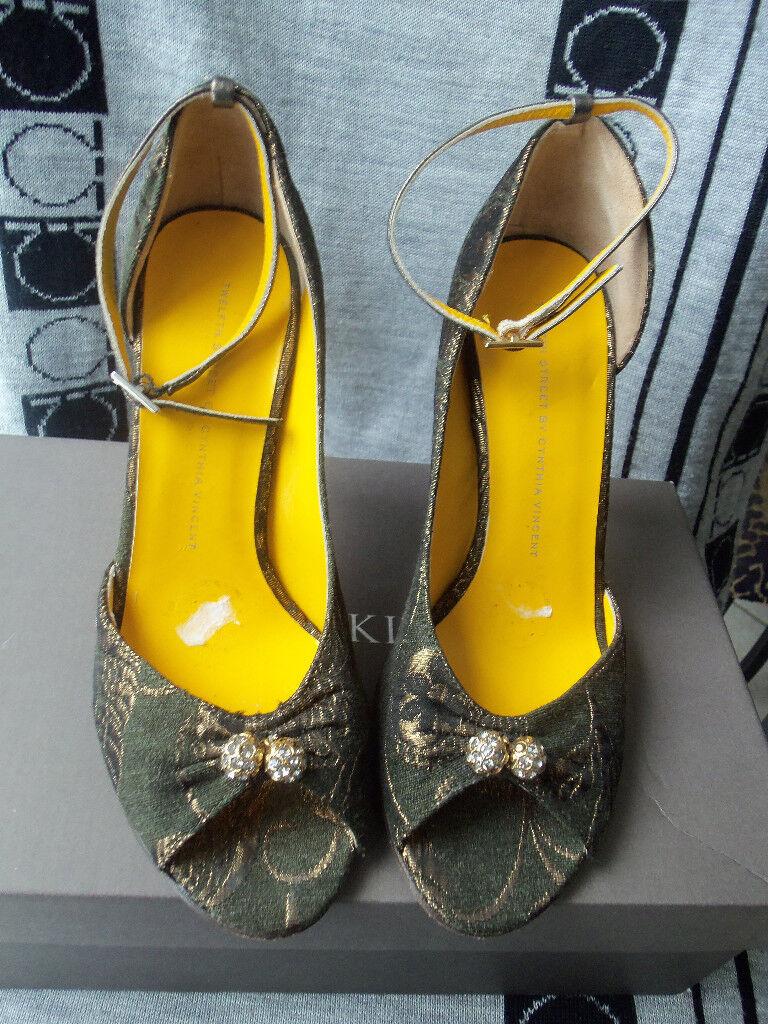 TEWLFTH STREET Marronee BRONZE STUNNING PUMP scarpe SZ 6.5