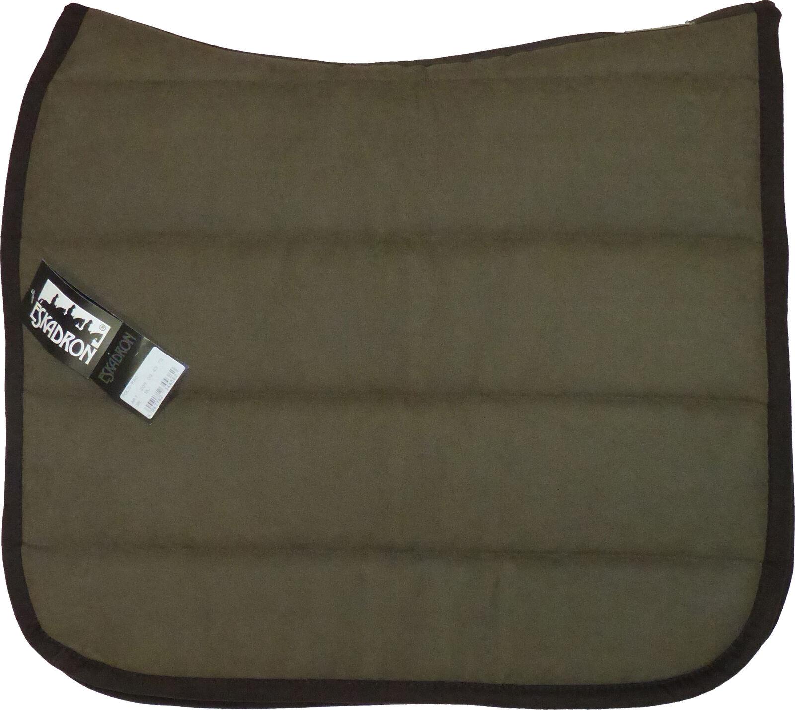 Eskadron Sattelpad mit Rückenform in schoko, Polo Pad Größe Kleidur
