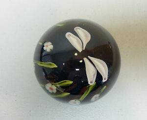 VINTAGE-ORIENT-amp-FLUME-ART-GLASS-PAPERWEIGHT-w-DRAGONFLY-SIGNED-DATED-1978
