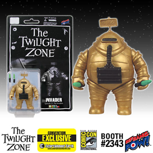 THE-TWILIGHT-ZONE-034-INVADER-034-COLOR-SDCC-Exclusive-Figure