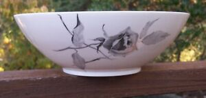 ROSENTHAL-CONTINENTAL-JET-ROSE-ROUND-SERVING-VEGETABLE-BOWL-RAYMOND-LOEWY-9-3-8