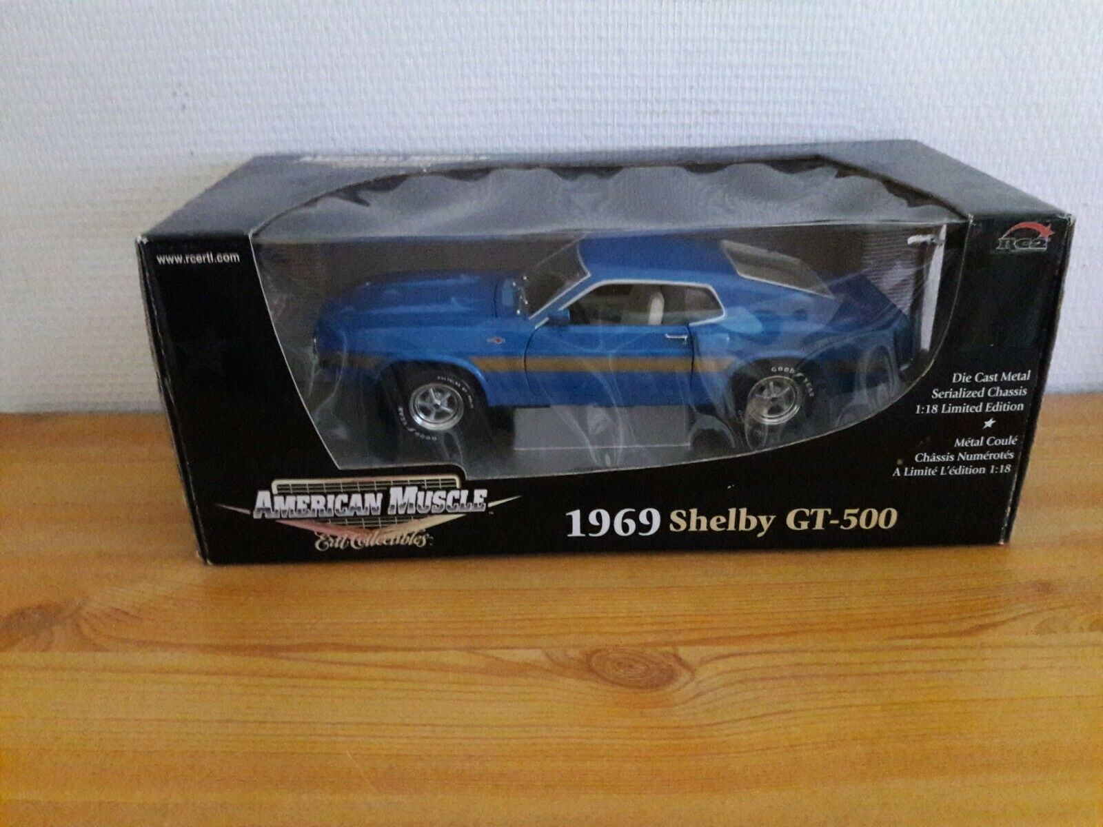 Ford 1969 Shelby GT 500 1 18 AMERICAN MUSCLE