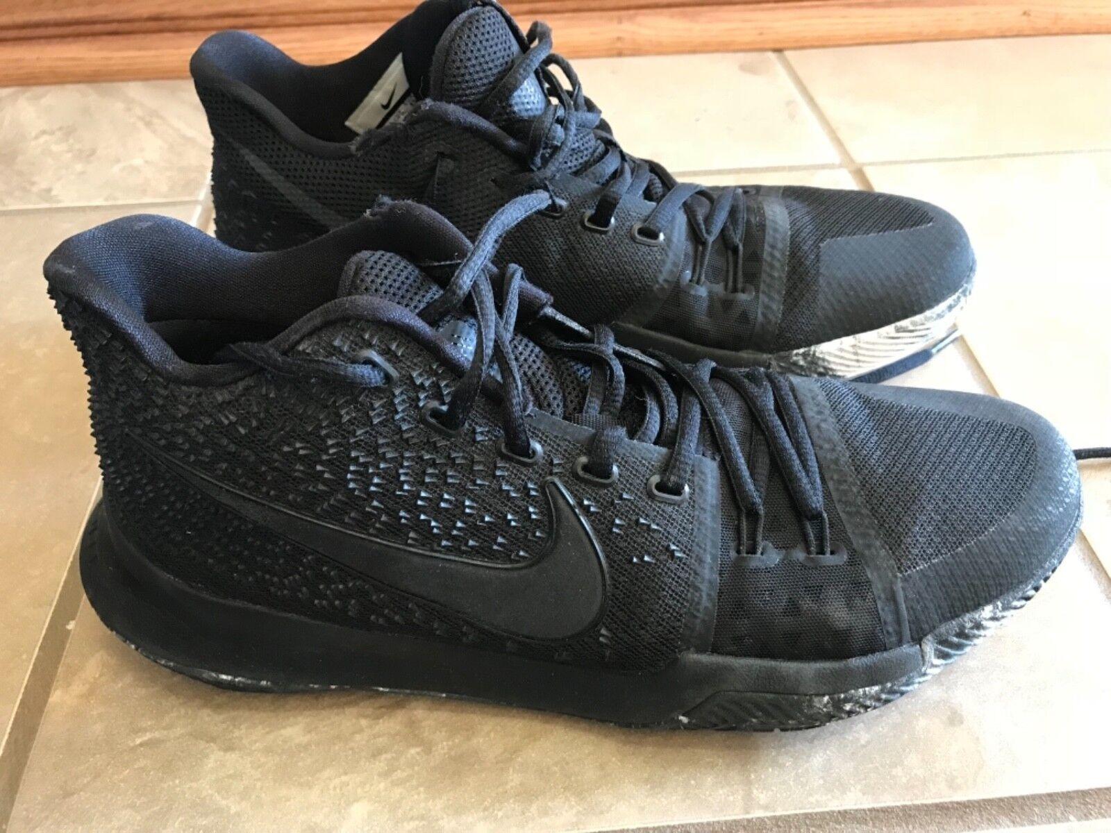 Nike KyrieZoom black basketball shoes 10.5