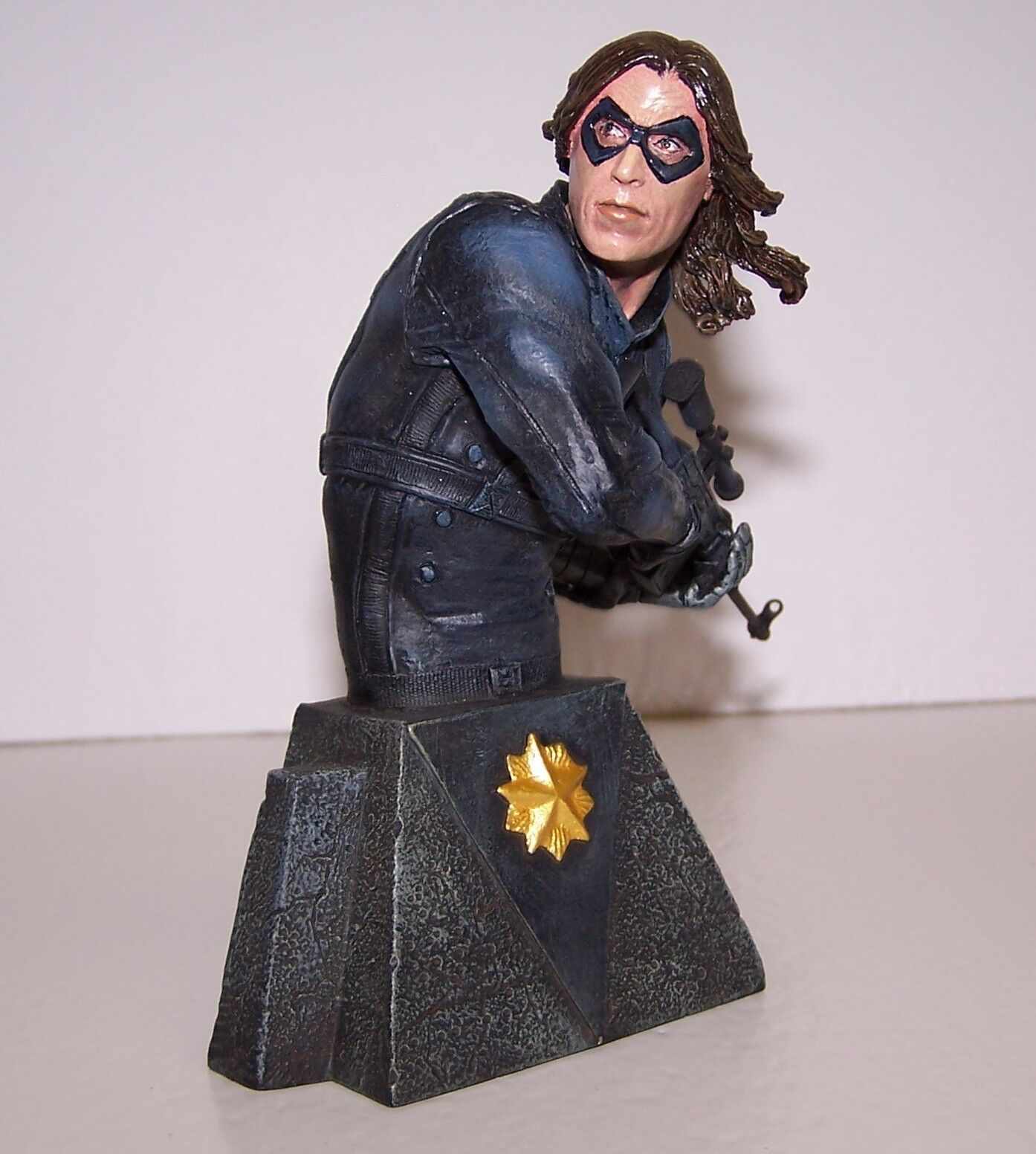 Marvel Universe Winter Soldier Bust Statue COA Low  1500 Diamond Select NIB
