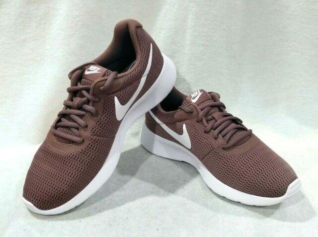 Nike Tanjun Sneakers Smokey MauveWhite