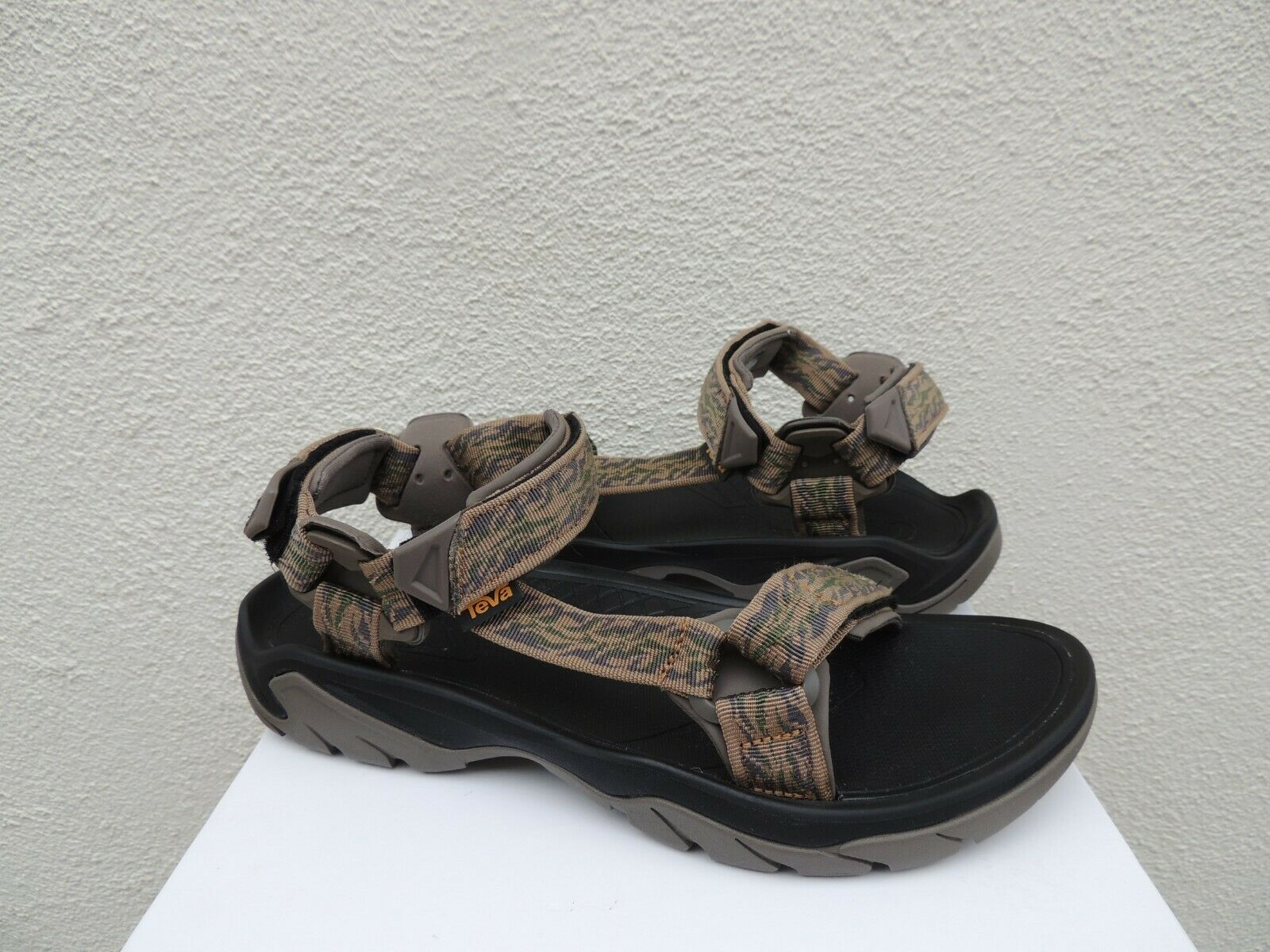 TEVA TERRA FI 5 uomoZANITA PECAN STRAPPY SPORT SeALS, MEN US 12  45.5  DISPLAY