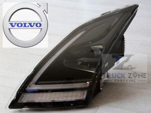 Headlamp Headlight Led Volvo Vnl 2019 Oem 84751279 Right