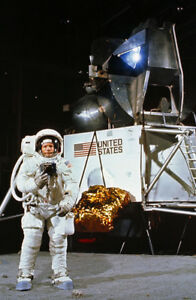 Neil-Armstrong-UNSIGNED-photo-K3314-Apollo-11-astronaut-in-training