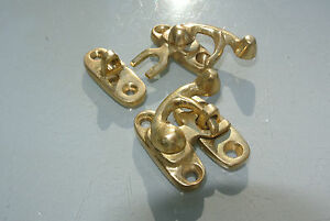2-Nice-tiny-small-box-Latch-catch-solid-brass-POLISHED-doors-trinket