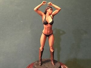 figures sexy G scale