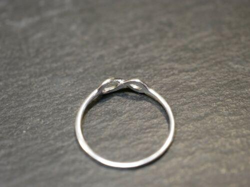 Silber 925 Ring Eternity Acht Unendlich Ewigkeit BEE Liebe Freundschaft 1,8 cm