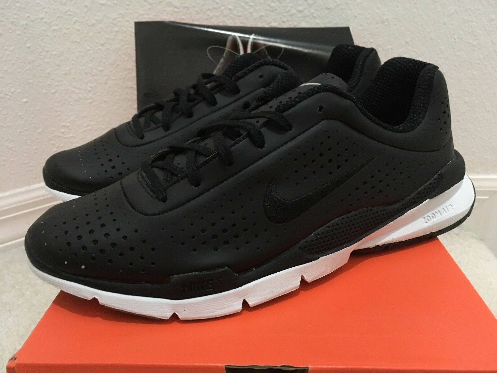 Nike Air Zoom Moire+ Black / White Men Sz 10 314917-002