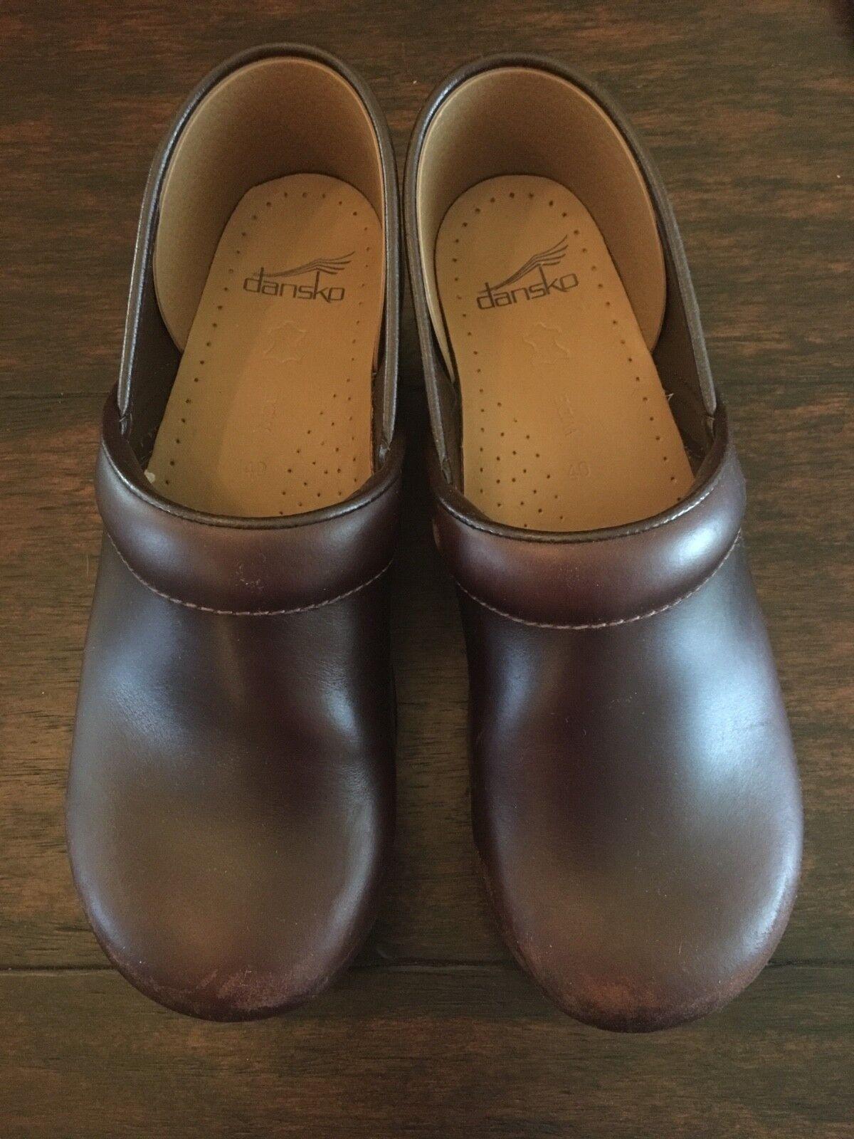 Dansko PROFESSIONAL ANTIQUE BROWN Damenschuhe Leder Slip On Closed Back Clogs Schuhes