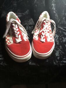 White Checkered Skate Shoes Lace