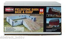 HO Scale Walthers Cornerstone 933-3331 Resin Fieldstone Barn Base & Ramp Kit
