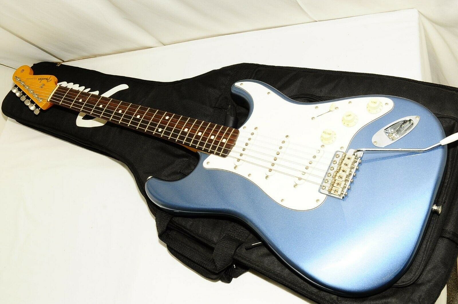 Excellent Fender Japan Stratocaster T Serial Electric Guitar Ref No 2415