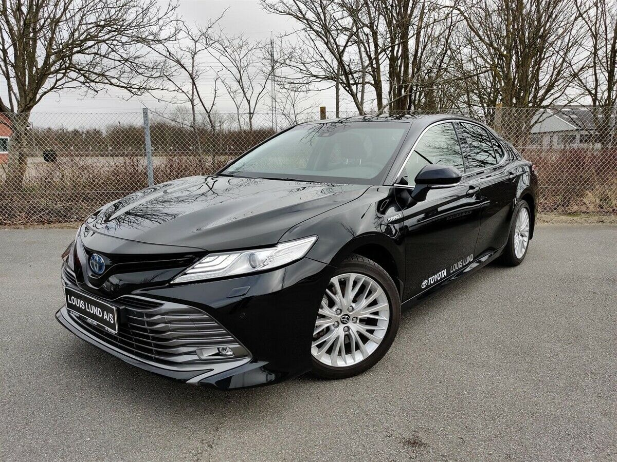 Toyota Camry 2,5 Hybrid H3 Executive CVT 4d - 399.900 kr.