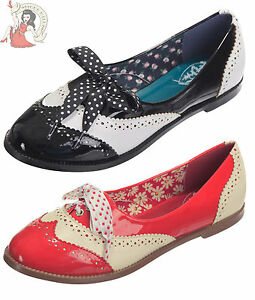 DANCING-DAYS-by-BANNED-40s-MILANA-PATENT-BROGUE-swing-flat-SHOES-BLACK-RED