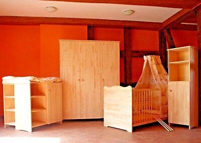babyzimmer komplett set babybett gitterbett 2in1schrank. Black Bedroom Furniture Sets. Home Design Ideas